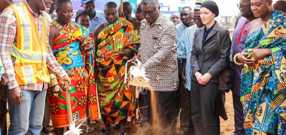 Minister Cut-Sod for Waste to Energy project